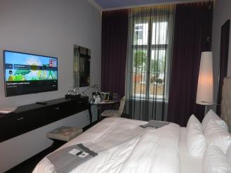 Hotel Zoo room (2)